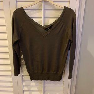 BCBG Olive Vneck Sweater